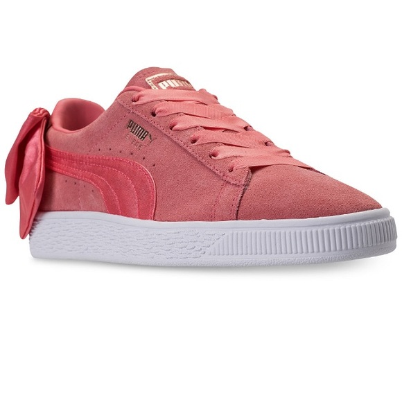 Puma women's suede bow casual shell pink sneaker NWT